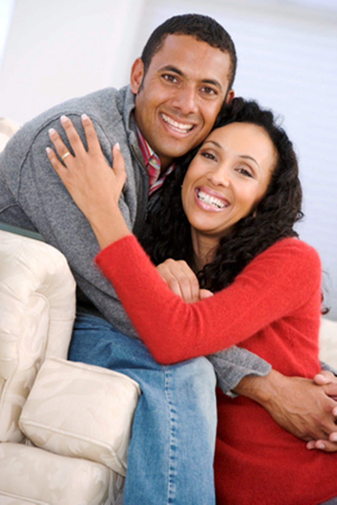 happy married couple who have found out how to save a marriage
